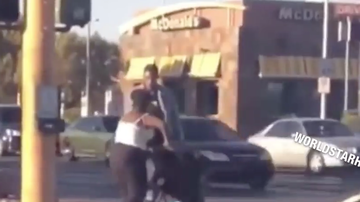 Chuck Dizzle - Man Kicks A Baby In A Stroller!