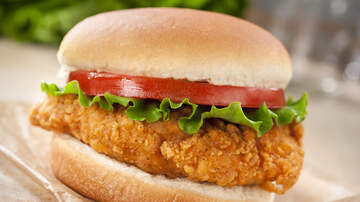 Jed Whitaker - Dispensary Giving Away Popeyes Chicken Sandwiches To First 200 Customers