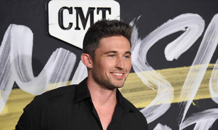 "Music News - Michael Ray Announces Headlining ""CMT On Tour"" Dates"