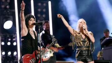 iHeartRadio Music News - Carrie Underwood Teams Up With Joan Jett For New 'SNF' Show Opener