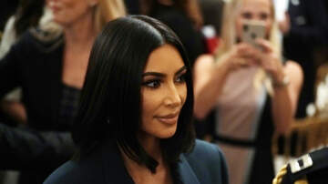 Gabby Diaz - Fans are calling out Kim Kardashian for ANOTHER Photo Shop FAIL!