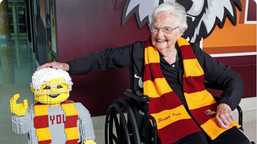 BC - Loyola's Sister Jean Celebrates 100th Birthday With Her Own LEGO Statue