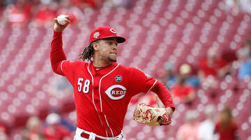 Lance McAlister - Castillo and Reds beat Padres, take series