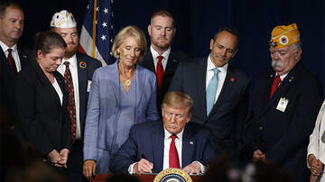 Politics - President Trump Signs Order Eliminating Student Loan Debt For Disabled Vets