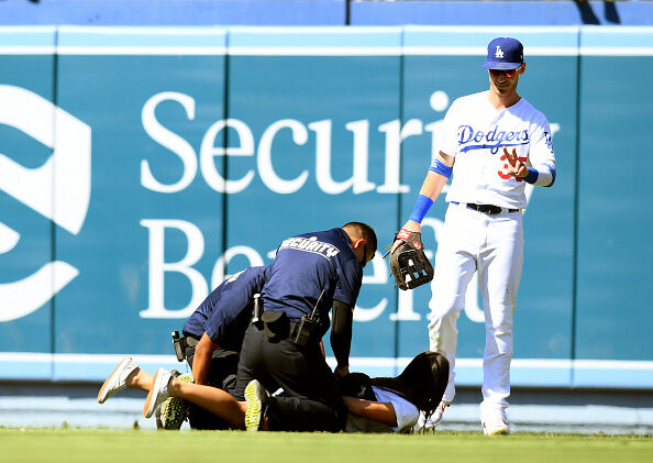 Cody Bellinger's Pants Fall Down After Sliding Into Third Base