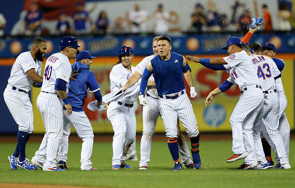 Brad Hand Meltdown, Indians Fall in Extras to Mets 4-3