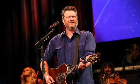 Music News - Watch Blake Shelton's Live Debut Of 'Hell Right' In The Rain
