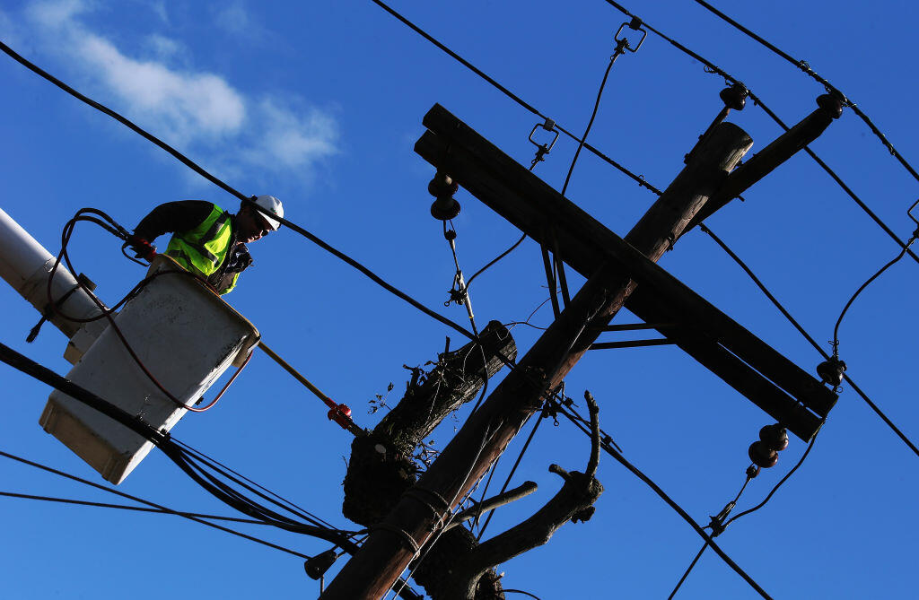 Storm Causes Power Outages on Long Island