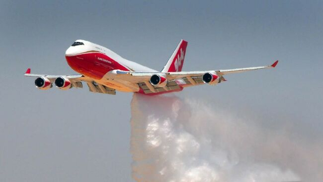 747 Supertanker Flies From Sacramento to Bolivia for Amazon Fires
