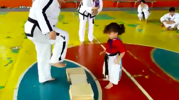 JB - ***VIDEO*** When Little Fighters Follow Instructions Too Perfectly