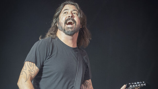 Foo Fighters Cover 'Under Pressure' With Freddie Mercury Look Alike: Watch