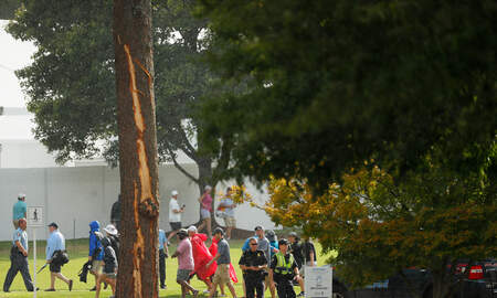 Florida News - Multiple Fans Struck by Lightening at PGA Tour Championship