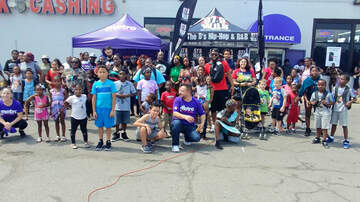 Photos - Metro Back to School Rally with Dr. Darrius 8.17