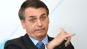Politics - Brazil's President Wants Apology Before Taking Foreign Aid To Fight Fires