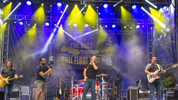 Photos - Friday Night Concerts at The Bull Float Trip 2019