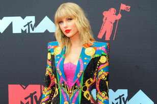 Taylor Swift Unveils 2020 'Lover Fest' At NFL Stadiums, International Dates