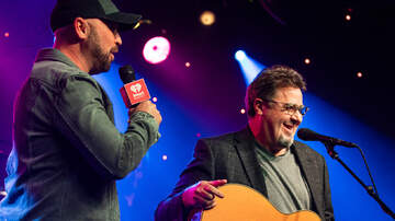 Photos - iHeartCountry ICONS with Vince Gill [Photos]
