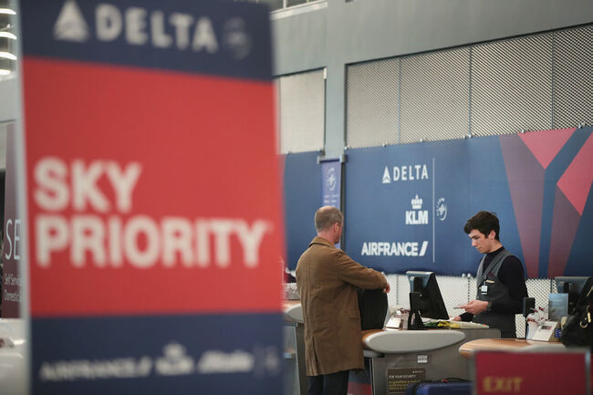 Delta Posts Record First-Quarter Earnings