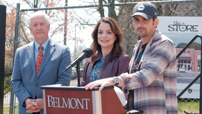 Brad Paisley's Free Grocery Store Earns $1.5 Million Grant