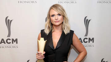 The Laurie DeYoung Show - Miranda Lambert Reveals Her Pick For CMA Entertainer of the Year