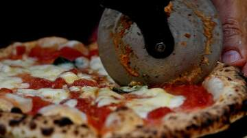 Lisa Dent - The Latest List Of The Best Pizza In Chicago