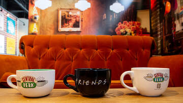 EJ - 'Friends' Famous Central Perk Sofa Is Traveling Around the World