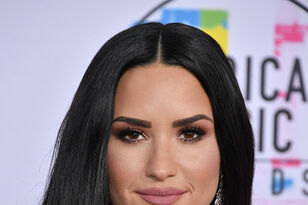 """Demi Lovato Posts Unedited IG Pic For the 1st Time """"My Biggest Fear"""""""
