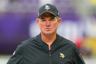 "Vikings HC Mike Zimmer happy defense ""set the tempo"" vs Atlanta 