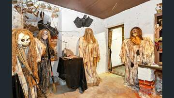 Trevor D in the Morning Show - Real Estate Listing Going Viral Because of Freaky Rooms of Terrifying Dolls