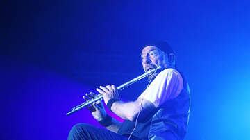 Carter Alan - Jethro Tull's Ian Anderson Sounds Off About Climate Change And Donald Trump
