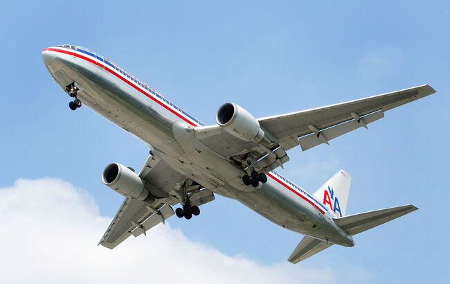 American Airlines Implements Service Fee