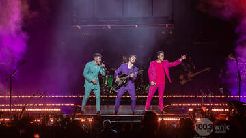 Photos - The Jonas Brothers and Bebe Rexha at LCA 9.7