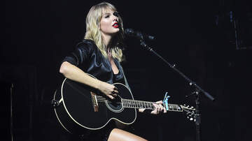 Entertainment News - Taylor Swift Performs 'Lover' Songs Live In Paris For The First Time