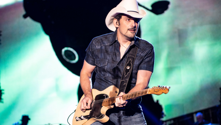 Brad Paisley To Star In New Amazon Comedy Series 'Fish Out Of Water'
