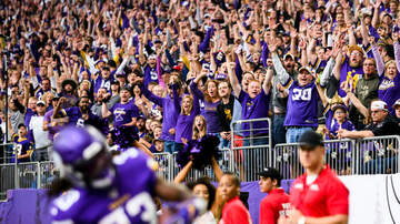 Vikings Blog - Cast your Vote for Vikings RB Dalvin Cook as FedEx Player of The Week