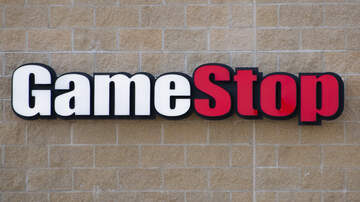 Crystal Rosas - Retail Apocalypse Continues As Gamestop Closes 200 Stores