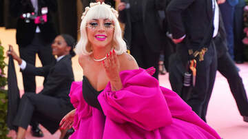 Headlines - Lady Gaga 'Never Felt Beautiful' But Makeup Gave Her 'Superhero' Confidence