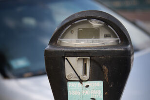 How to Hack a Parking Meter & Park For Free!