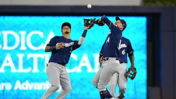 Brewers - Cardinals hammer Brewers 10-0 on Friday night