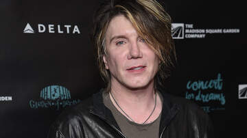 iHeartRadio Music News - Goo Goo Dolls' Johnny Rzeznik Opens Up About His Sobriety