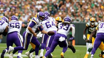Vikings Blog - WATCH: Dalvin Cook breaks LOOSE for a 75-yard TD in Green Bay! #KFANVikes