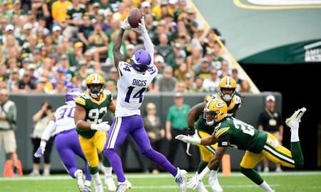 Vikings Blog - WATCH: Cousins hits Diggs with the 45-yard TOUCHDOWN pass! | KFAN 100.3 FM