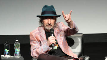 iHeartRadio Music News - Harry Shearer Announces All-Star Band Members For Derek Smalls' Mini Tour