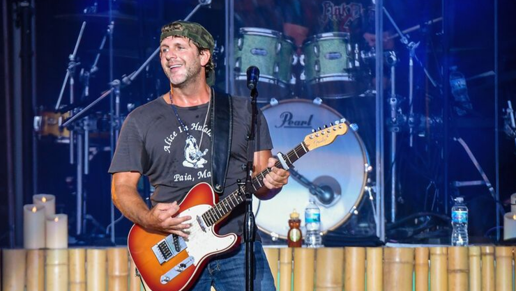 Billy Currington Holds Benefit Concert To Help Hurricane Dorian Victims