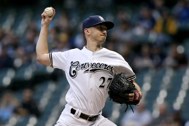 Brewers allow just two hits in 5-1 win over Padres Monday