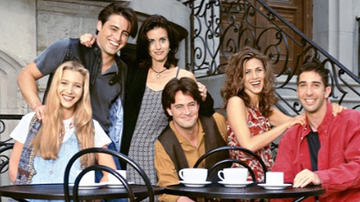 Beth Bradley - Friends Showrunners Reveal the One Episode They Regret 25 yrs later.