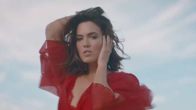 Hear Mandy Moore's First Single In 10 Years 'When I Wasn't Watching'