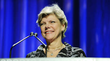 National News - Legendary Journalist Cokie Roberts Dies at 75
