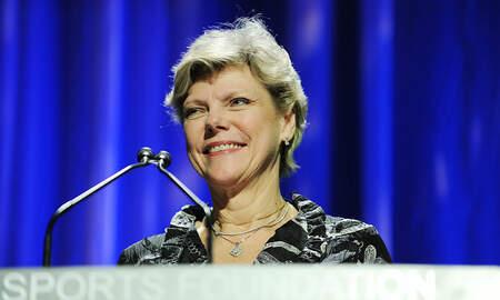 National News - Legendary Journalist Cokie Roberts Dies at 75