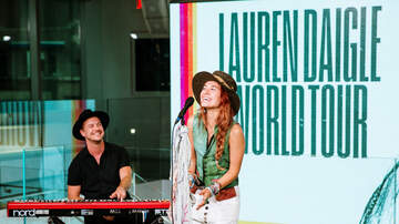 Entertainment News - Lauren Daigle Announces 2020 World Tour During Intimate NYC Performance